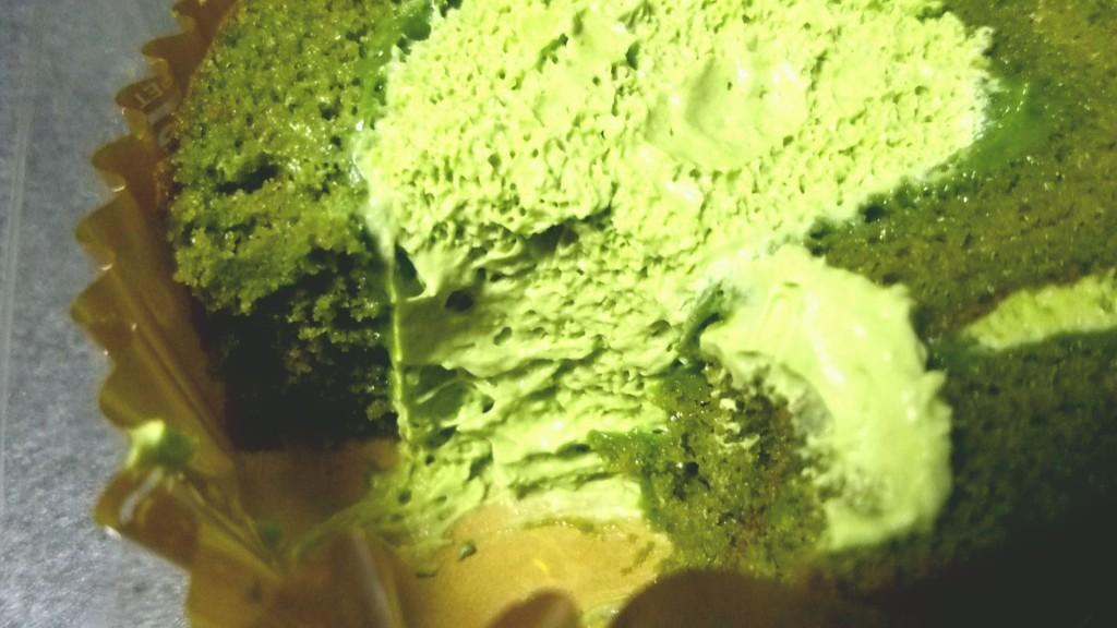 宇治抹茶のロールケーキ(セブンイレブン)